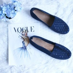 12W Wide Blue Avenue Cloud Walkers Slip On Flats